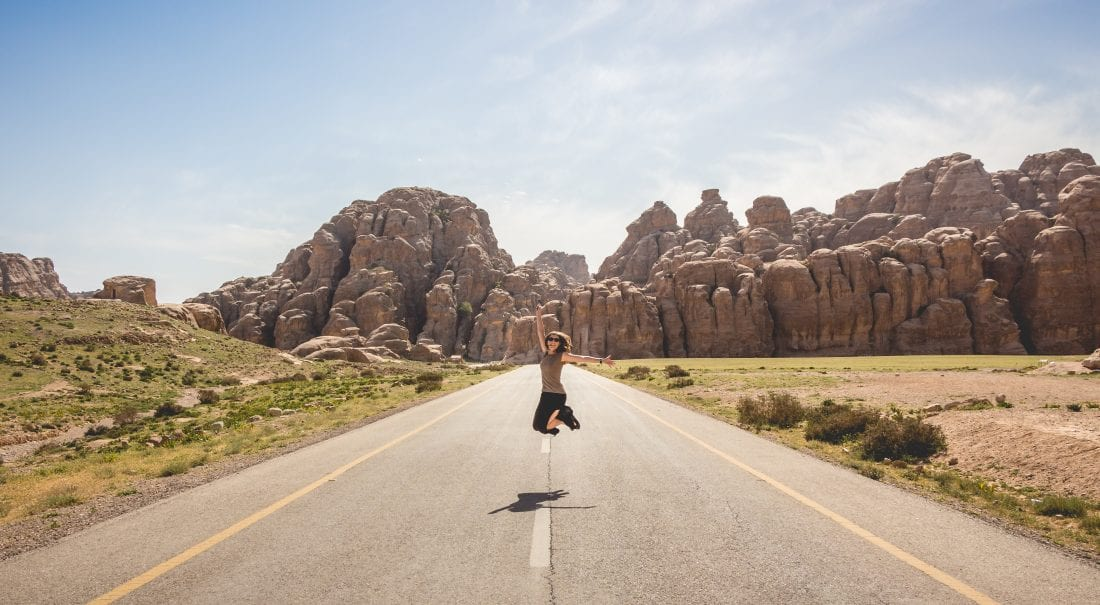 Tips for Female backpackers and Travelers
