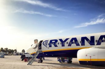 flying ryanair from paris
