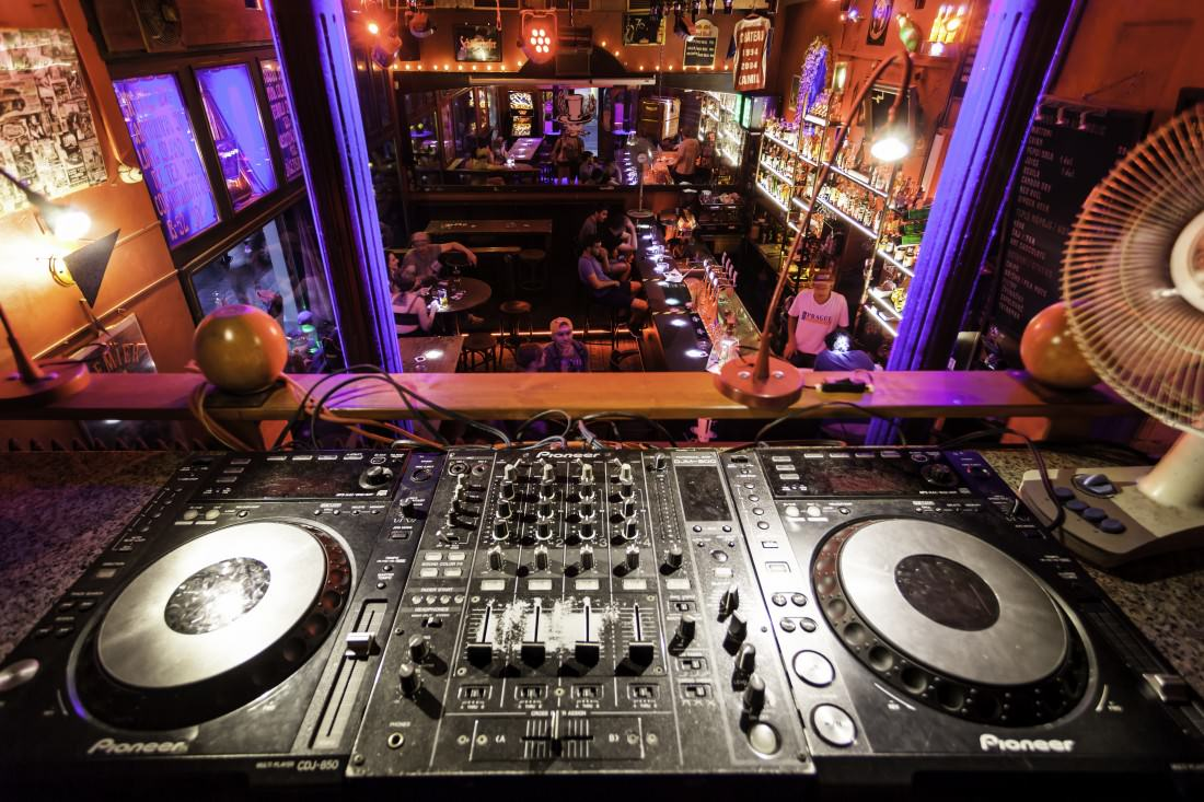 dj set up at a prague bar/club