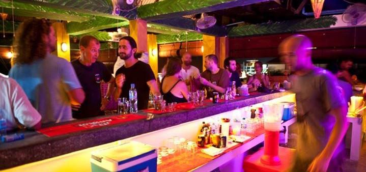 Mad Monkey Siem Reap Beach Bar