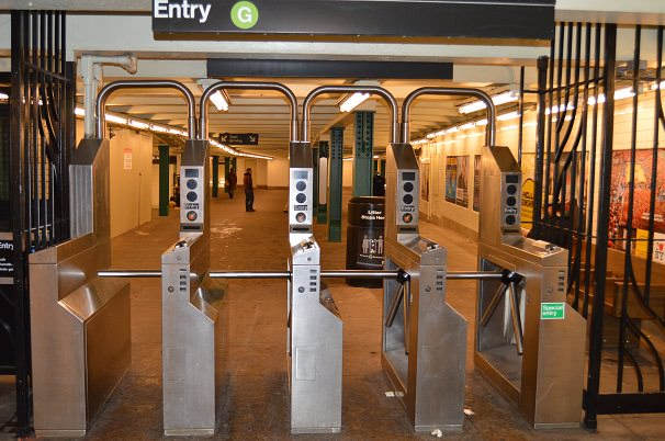 How to Buy a NYC Subway Card