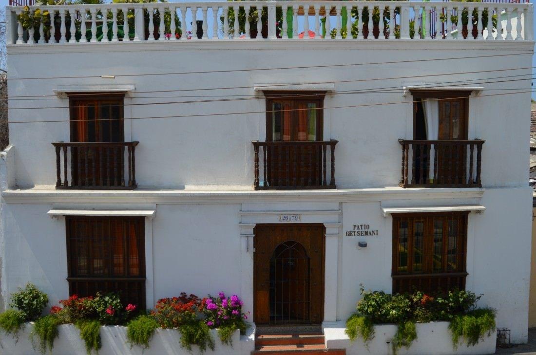 best budget hotels in cartagena - Patio de Getsemani