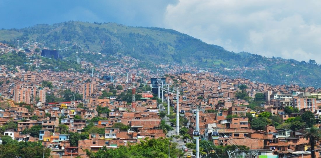 backpacking colombia - medellin cable car system