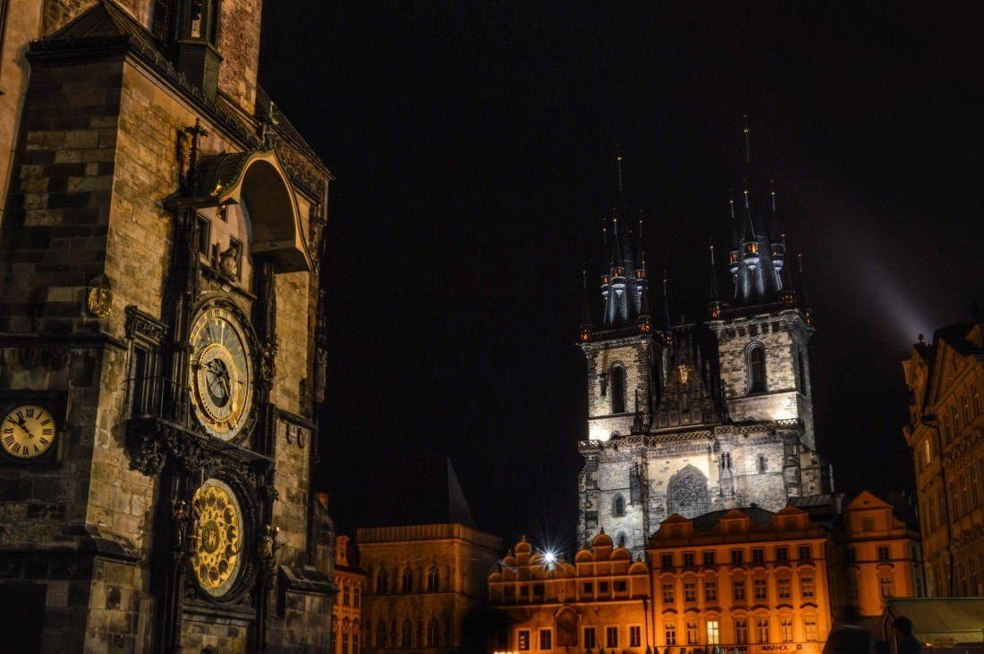 prague at night gallery