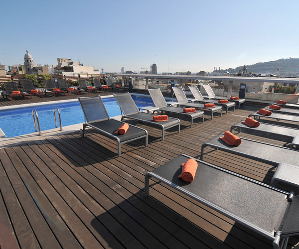 rooftop terrace in on of the best hotels in barcelona