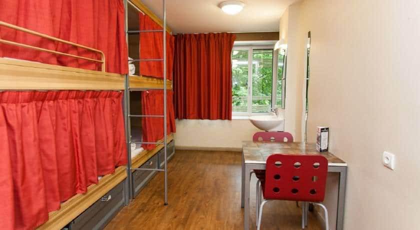 dorm beds in the best hostels in paris