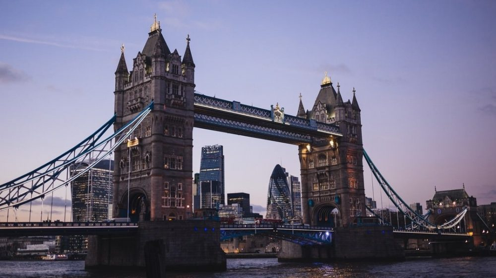 tower bridge and the best hostels in london