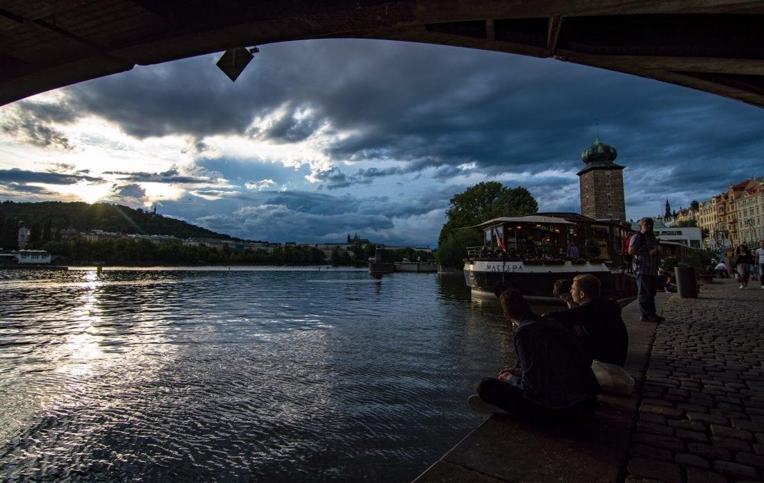 Naplavka riverbank