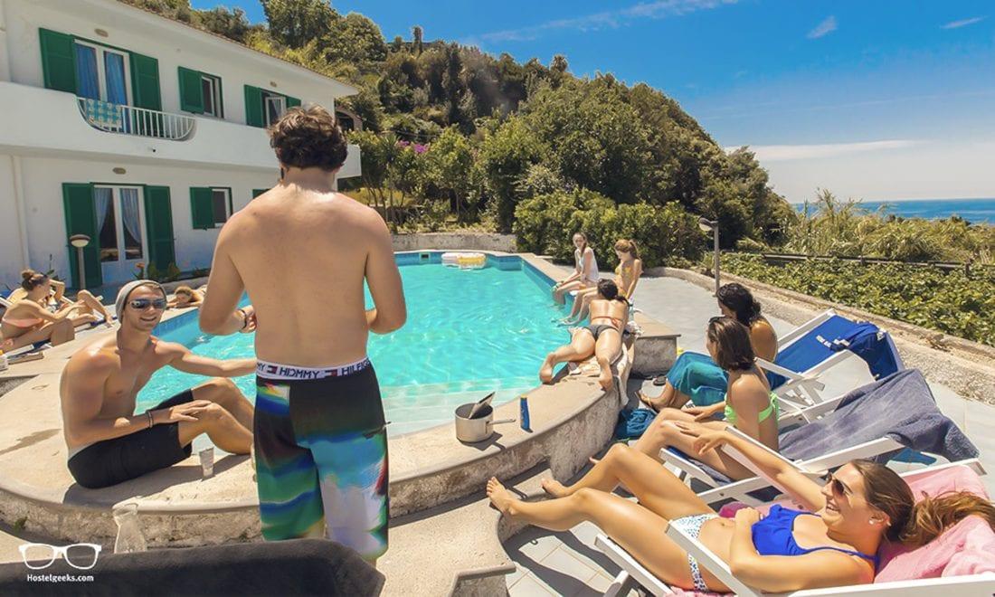 paradise-beach-hostel