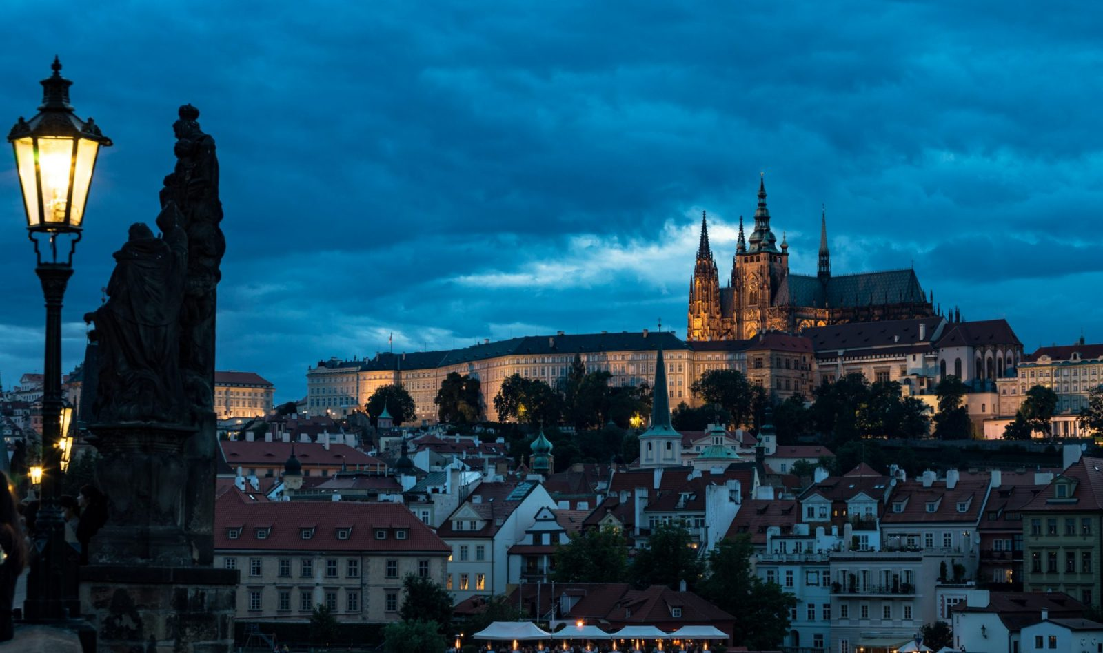 Where to stay in prague just a pack for Best location to stay in prague