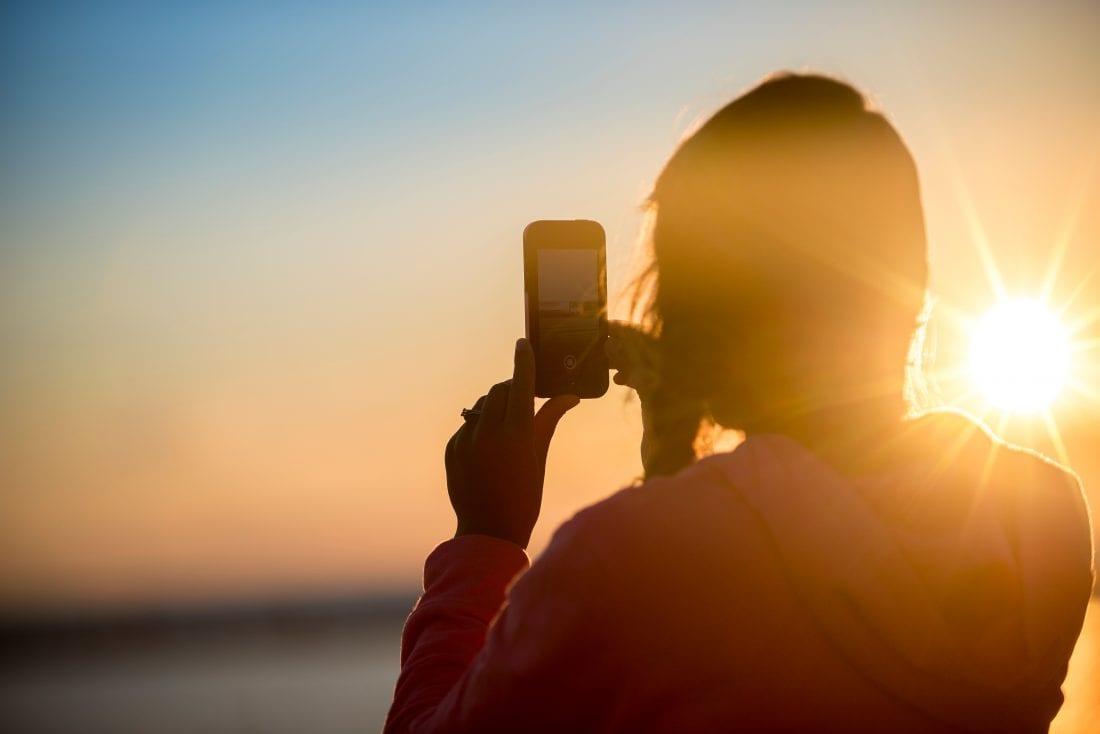 best travel apps for female travelers