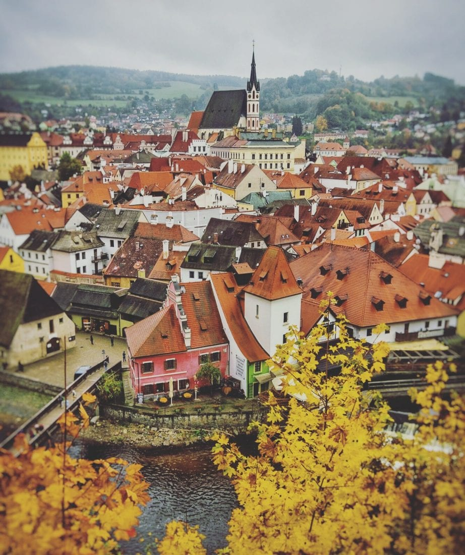 day trips from prague - visit Cesky Krumlov in the fall