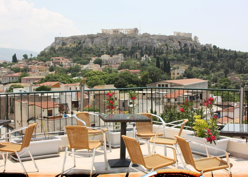 one of th ebest hostels in athens greece