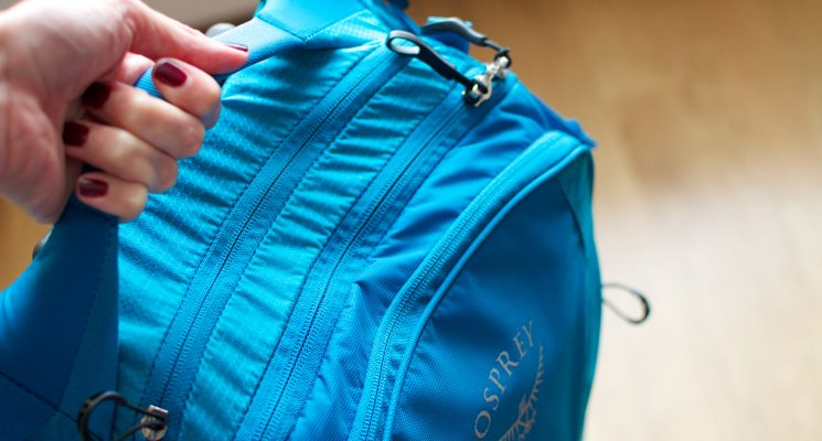 best light weight carry on bag