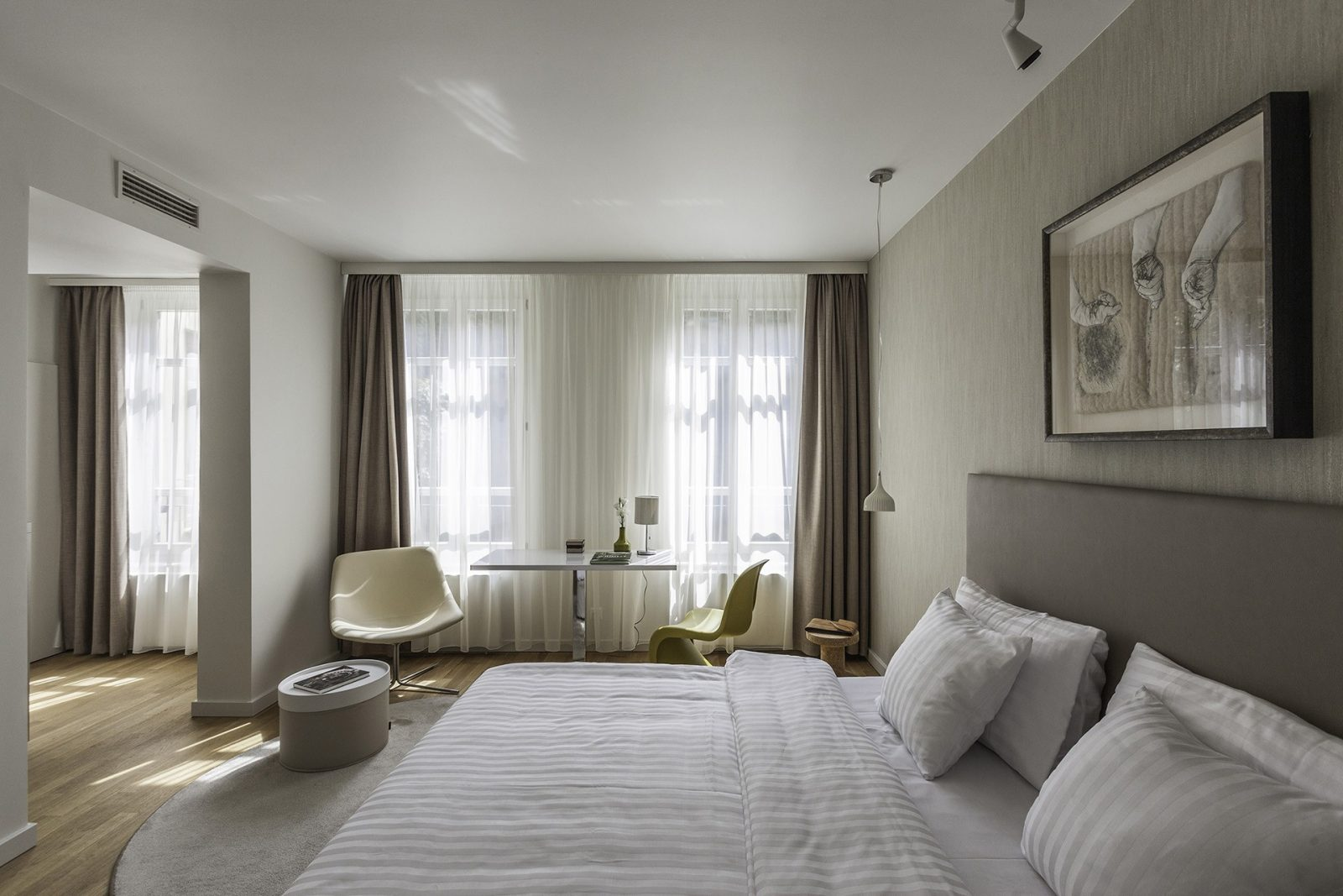 Natural casati budapest hotel andrassy boutique best for Top design hotels budapest