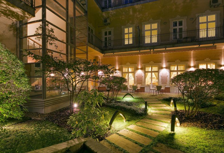 the best boutique hotels in budapest just a pack. Black Bedroom Furniture Sets. Home Design Ideas