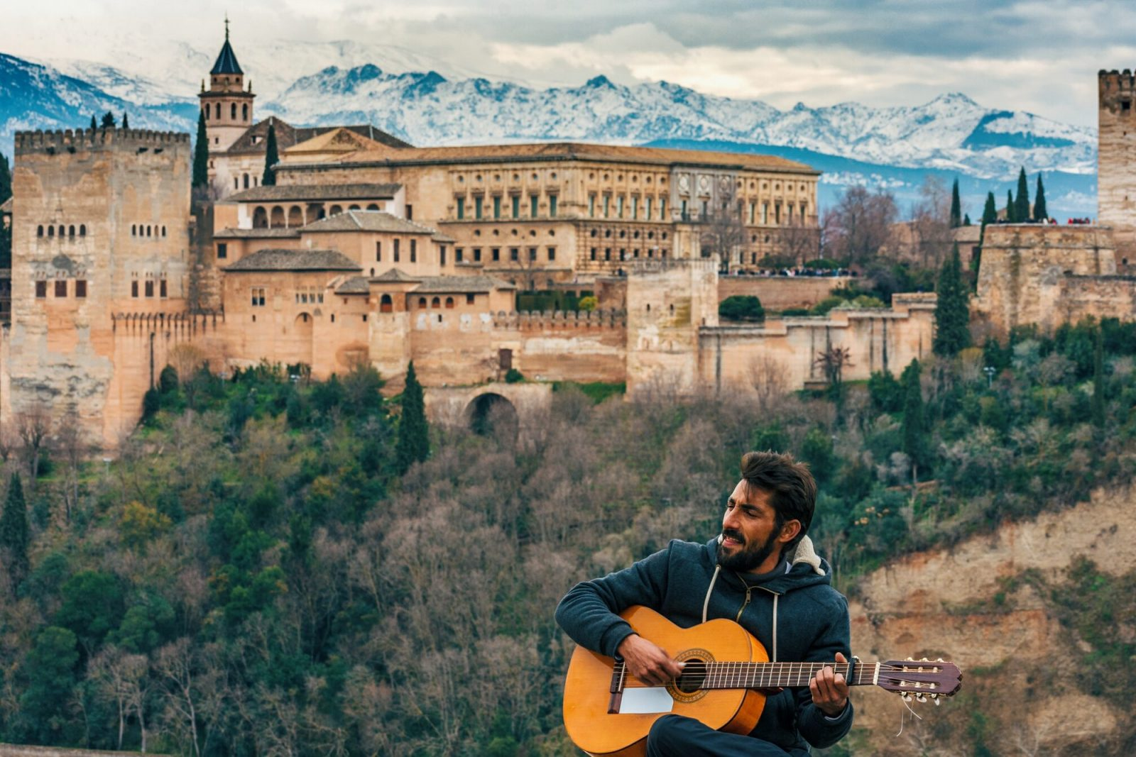 things to do in Granada, the Alhambra