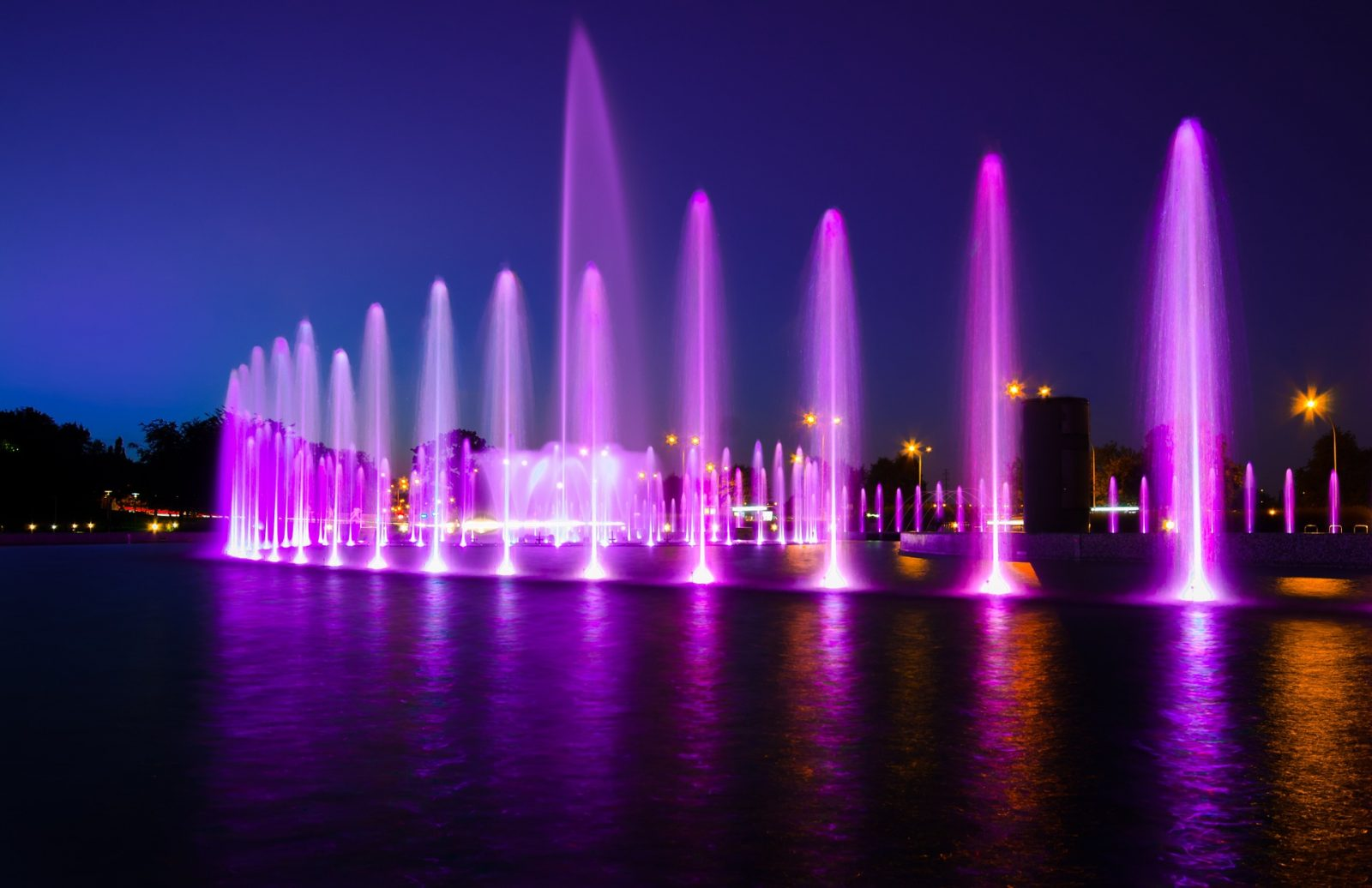 warsaw fountain light show