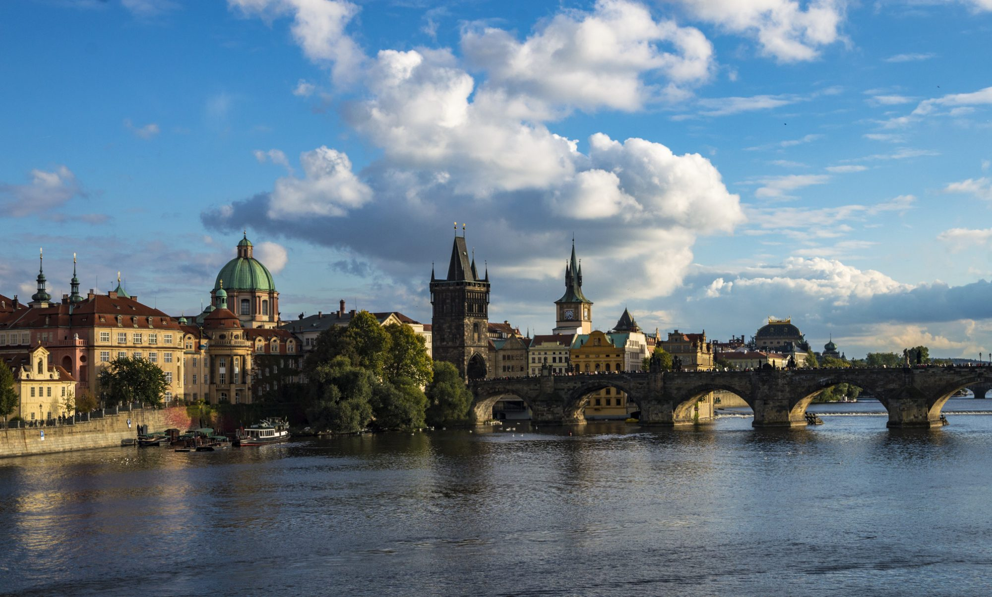 The best boutique hotels in prague just a pack for Boutique accommodation prague