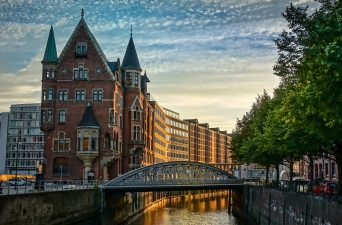 best hostels in hamburg germany
