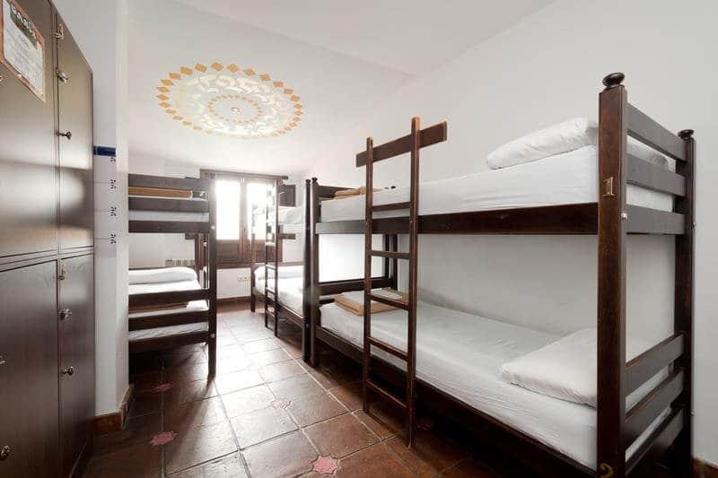 Oasis Backpackers Hostel Granada Spain