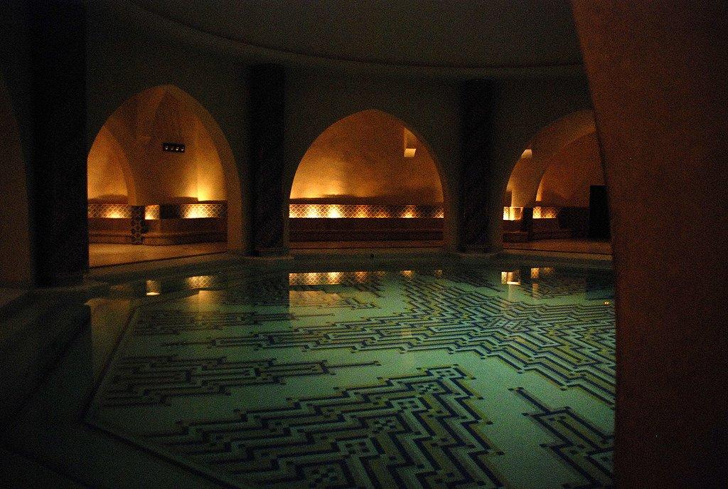hammam arab bathhouse granada