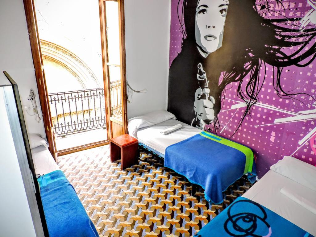 Home Youth Hostel in Valencia Spain
