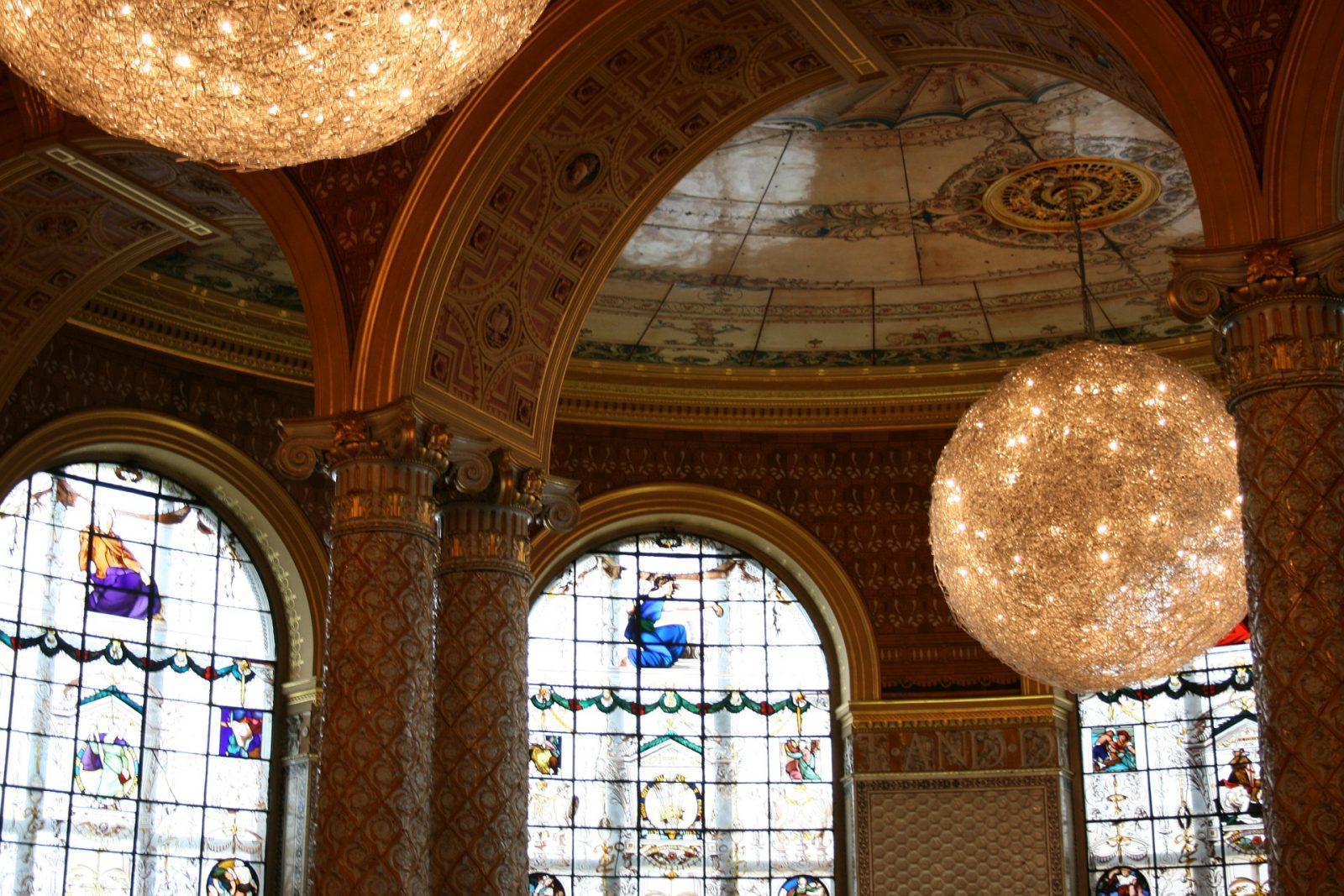 Best Museums in London - Victoria and Albert Museum