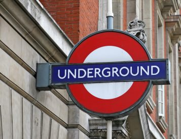 how to identify the london tube entrances