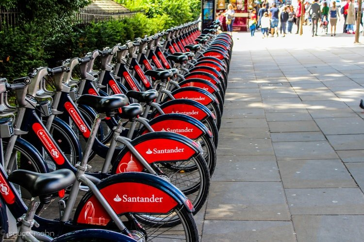 cheap or free things to do in London - bicycle rental