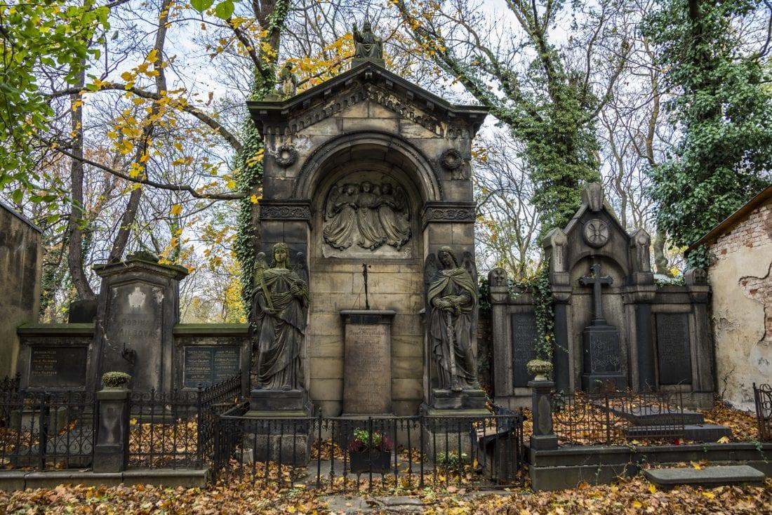 Day of the Dead - Prague Olšany Cemetery