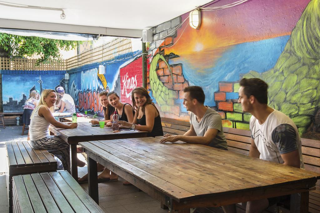 the best hostels in Sydney