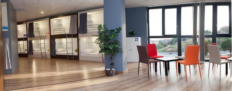 where to stay in split, best hostels in split croatia