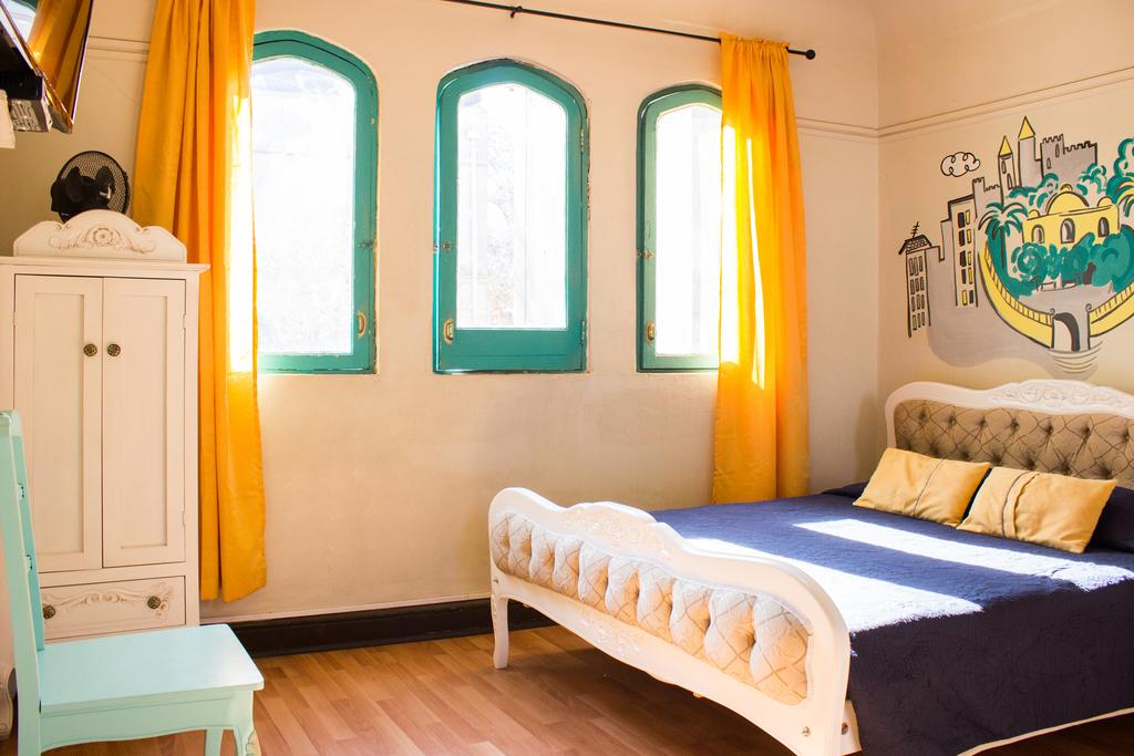 best hostels in santiago, chile