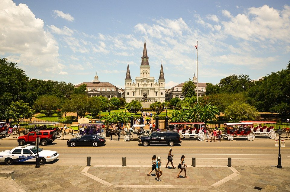 where to atay in new orleans, the best hotels and hostels in new orleans