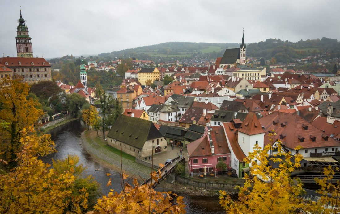 cesky krumlov in the autumn
