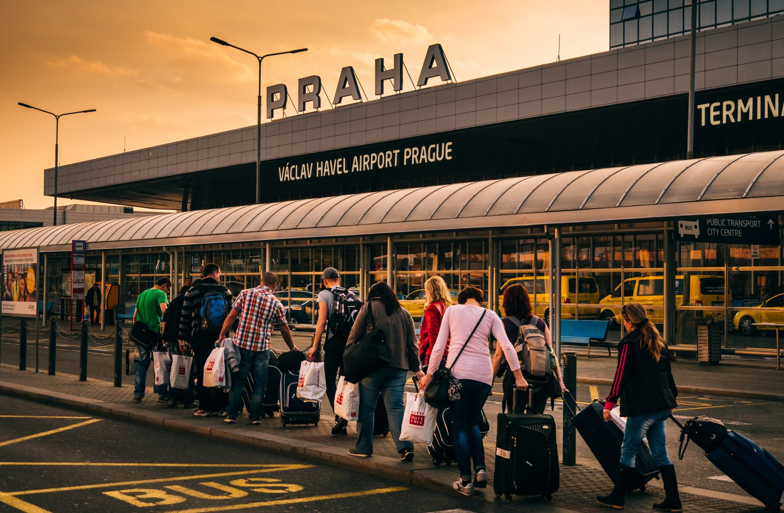 How to get to Vaclav Havel Airport in Prague