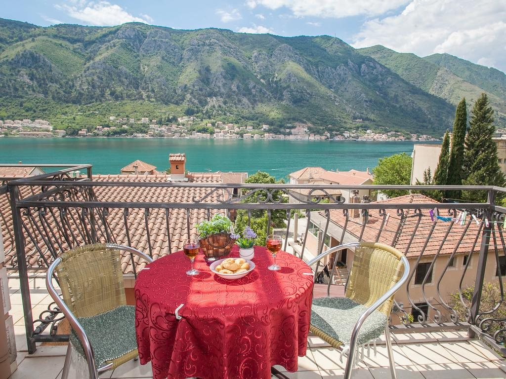the best hotels in Kotor