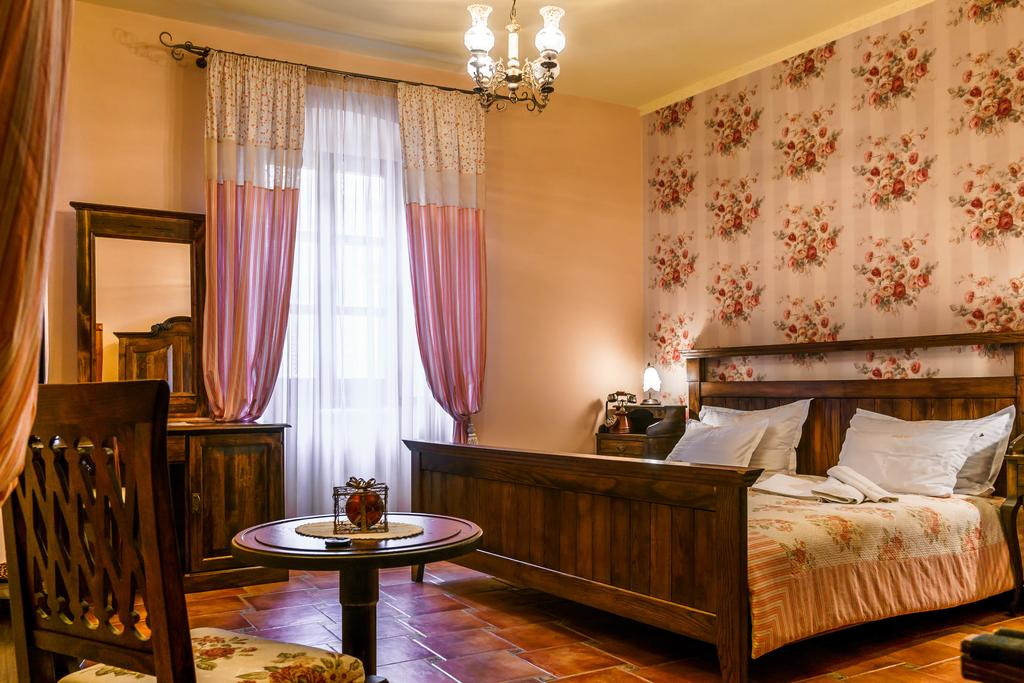 the best hotels in kotor - midrange hotels kotor