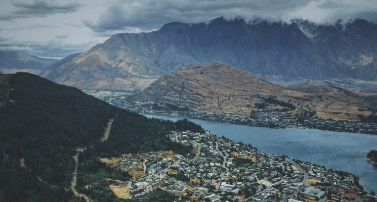 the best hostels in Queenstown, New Zealand