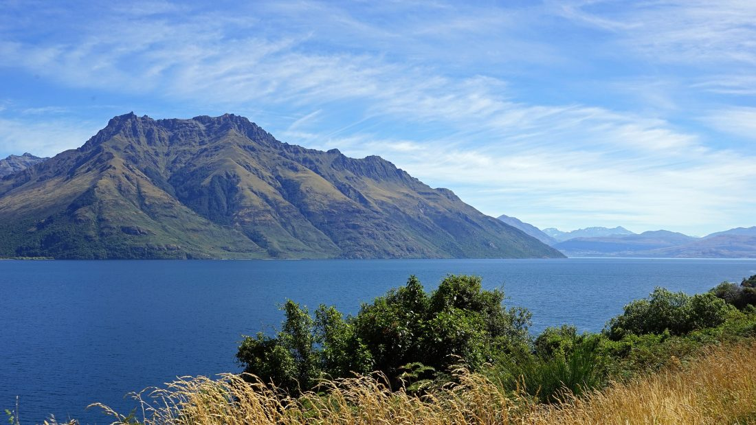 free things to do in Queenstown - Lake Wakatipu