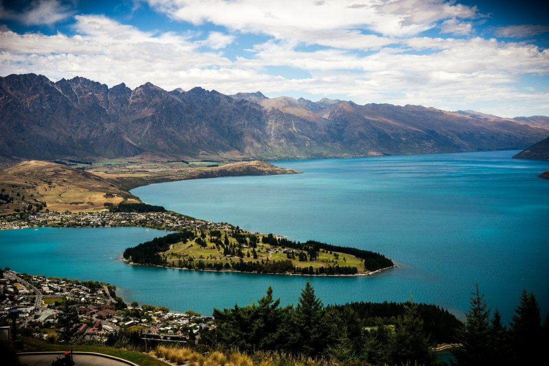 hiking to Bobs Peak, things to do in Queenstown on a budget