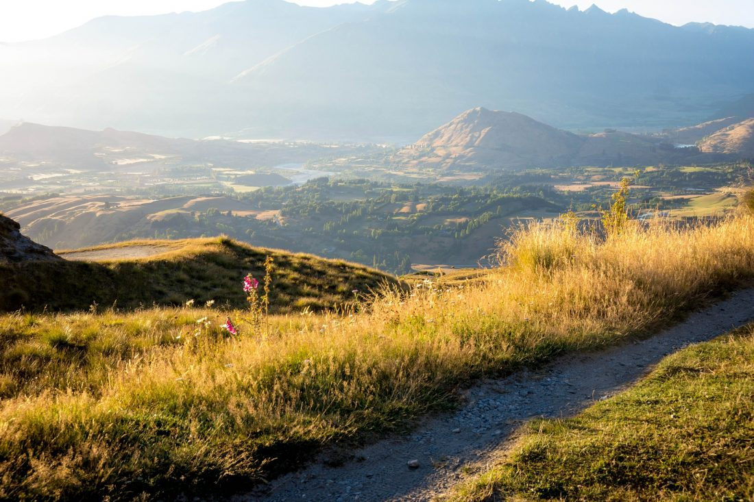 things to do in Queenstown New Zealand on a Budget - hiking Ben Lomond