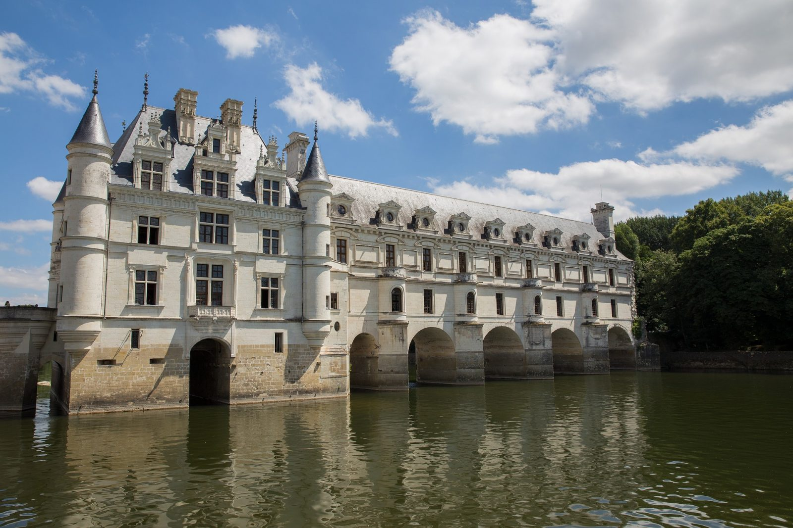 Chateau Chenonceau in Loire Valley France