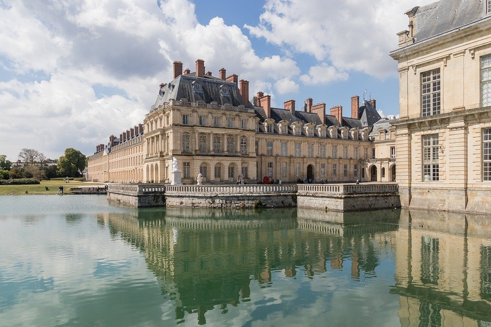 Day trip to Fontainebleau from Paris