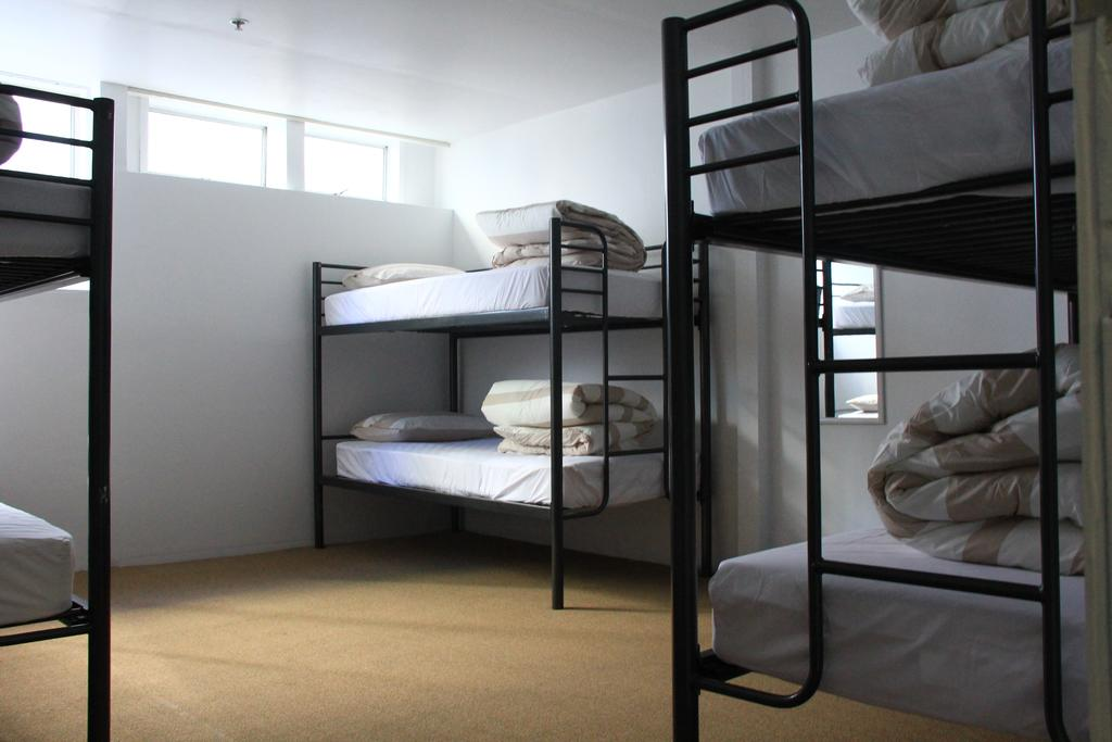 attic backpackers best hostels auckland