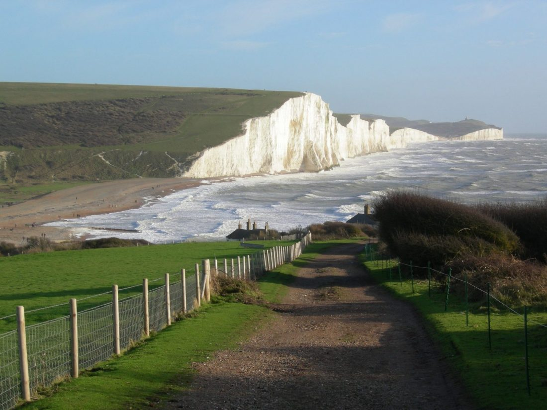 Day Trips from London to seven sisters cliff walk uk