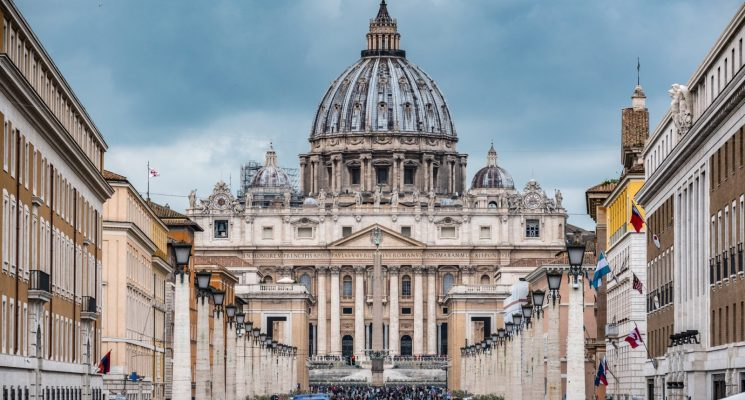 free things to do in rome - st peters basilica vatican rome italy