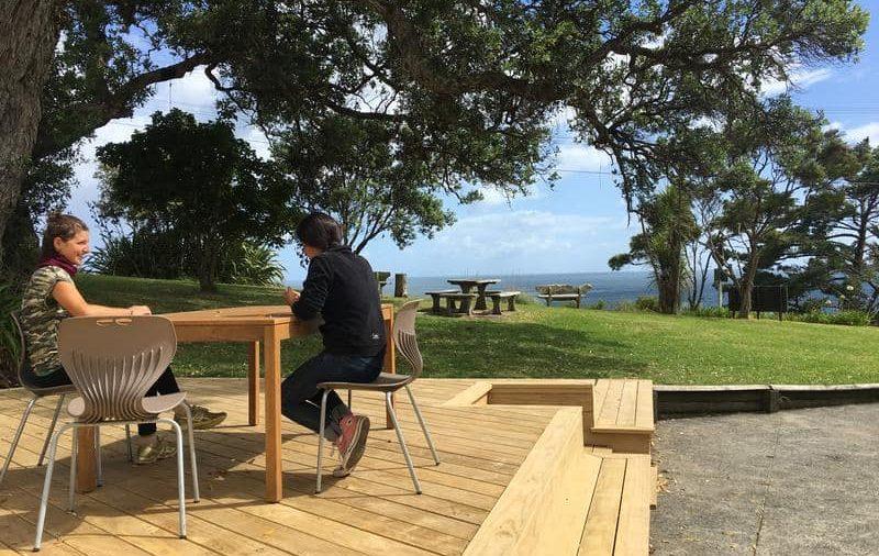 waiheke island hostel best hostels auckland