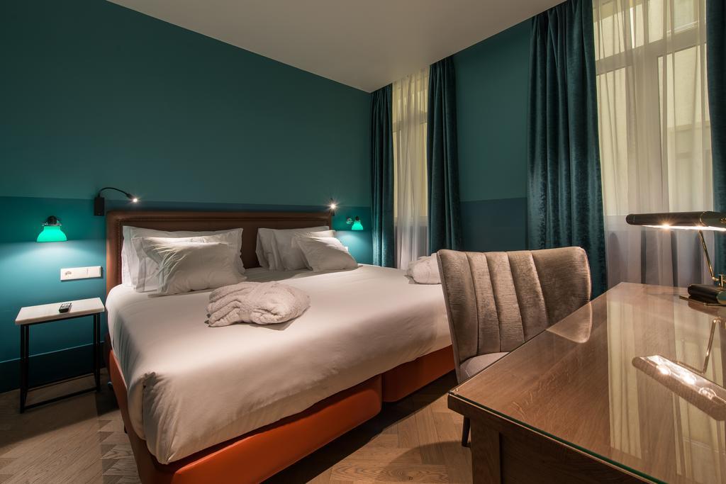 best boutique hotels Madrid Vincci the Mint
